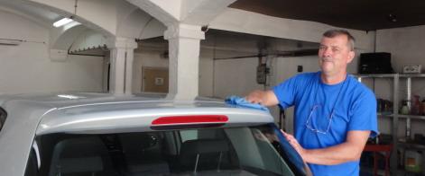 Autoaufbereitung KFZ Pflege Polieren Versiegeln
